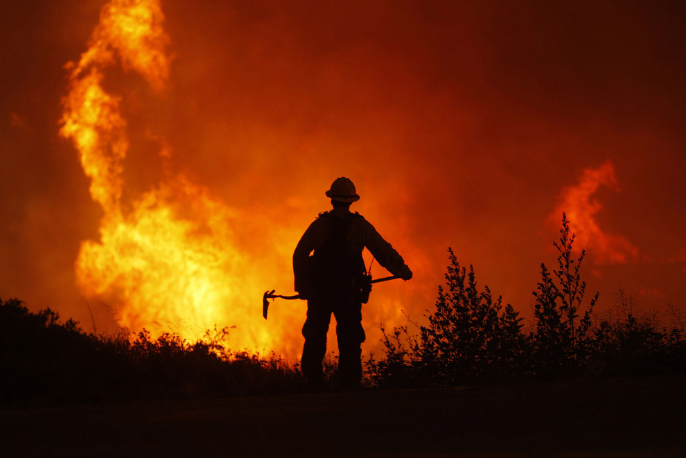 Огонь, дрова и дымоход