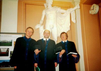 2000 Хельсинки, после защиты докторской диссертации, слева Георг Витте, справа Пекка Песонен
